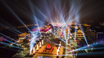 抖音播放量全国第一的网红街区,大唐不夜城初建时的挑战与思考