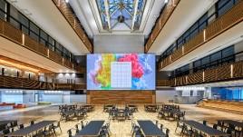 "RGB纯激光投影让日本工学院大学的""动态墙""活力四射"