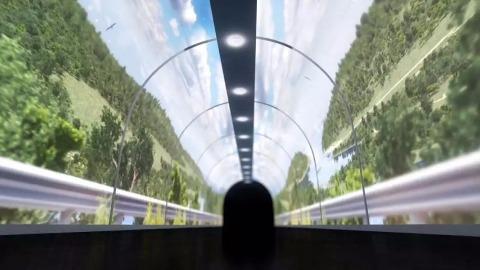 半透明投影屏:经验隧道,与你一路向前
