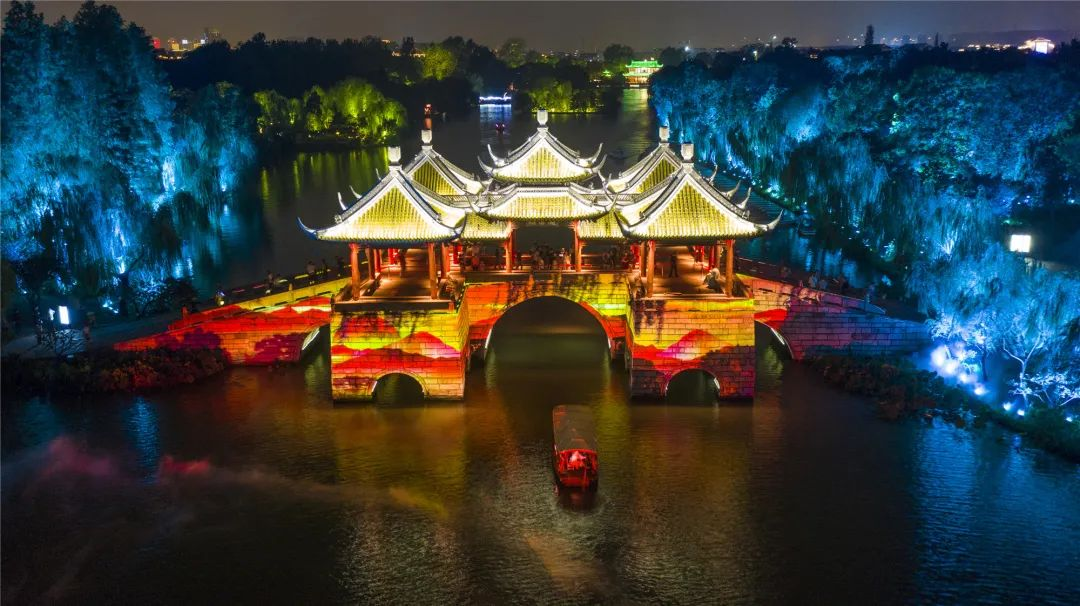 """瘦西湖夜游夜市荣登""""向往扬州""""2021网红打卡地夏秋季榜单!"""