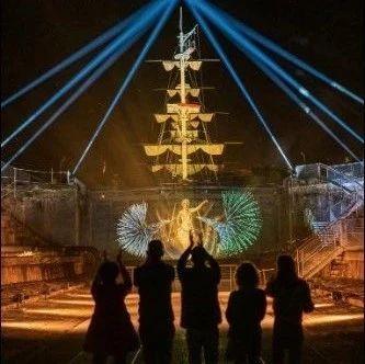 风格丨多感官冒险,藏在兵工厂里的海洋主题夜游体验